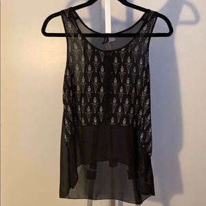 Super edgy high-low knife button up tank top!